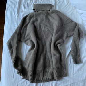 Nicole miller cashmere sweaters XS NWOT